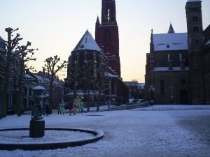 Vrijhof Square